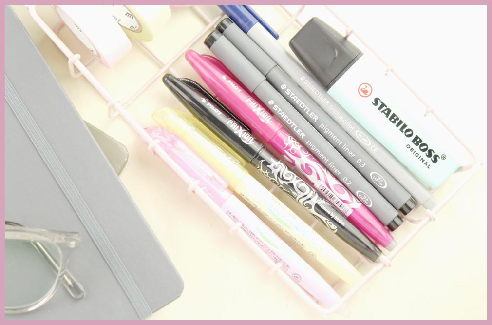 Leuchtturm Kalender und passende Stifte von frau friemel