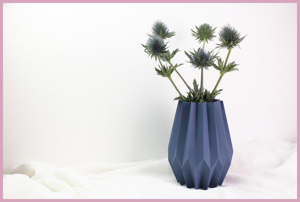 Grosse Vase aus Papier falten mit frau friemel