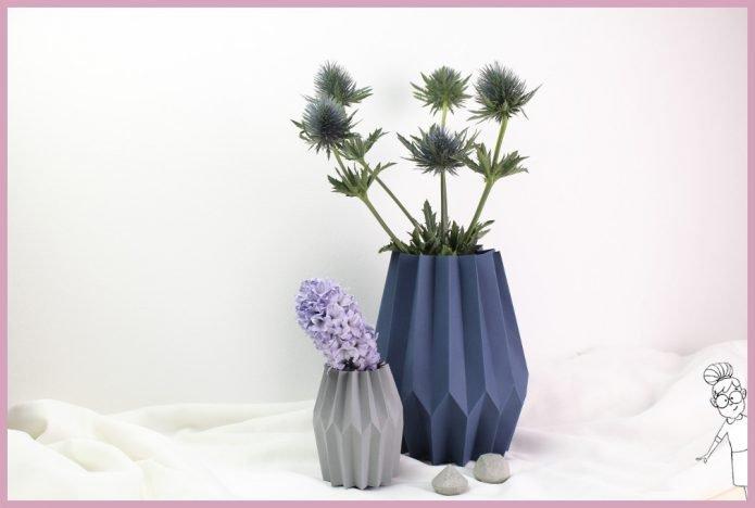 Kleine und grosse Vase aus Papier falten mit Plissee