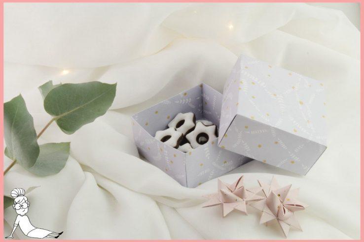 faltanleitungen f r origami plissee frau friemel. Black Bedroom Furniture Sets. Home Design Ideas