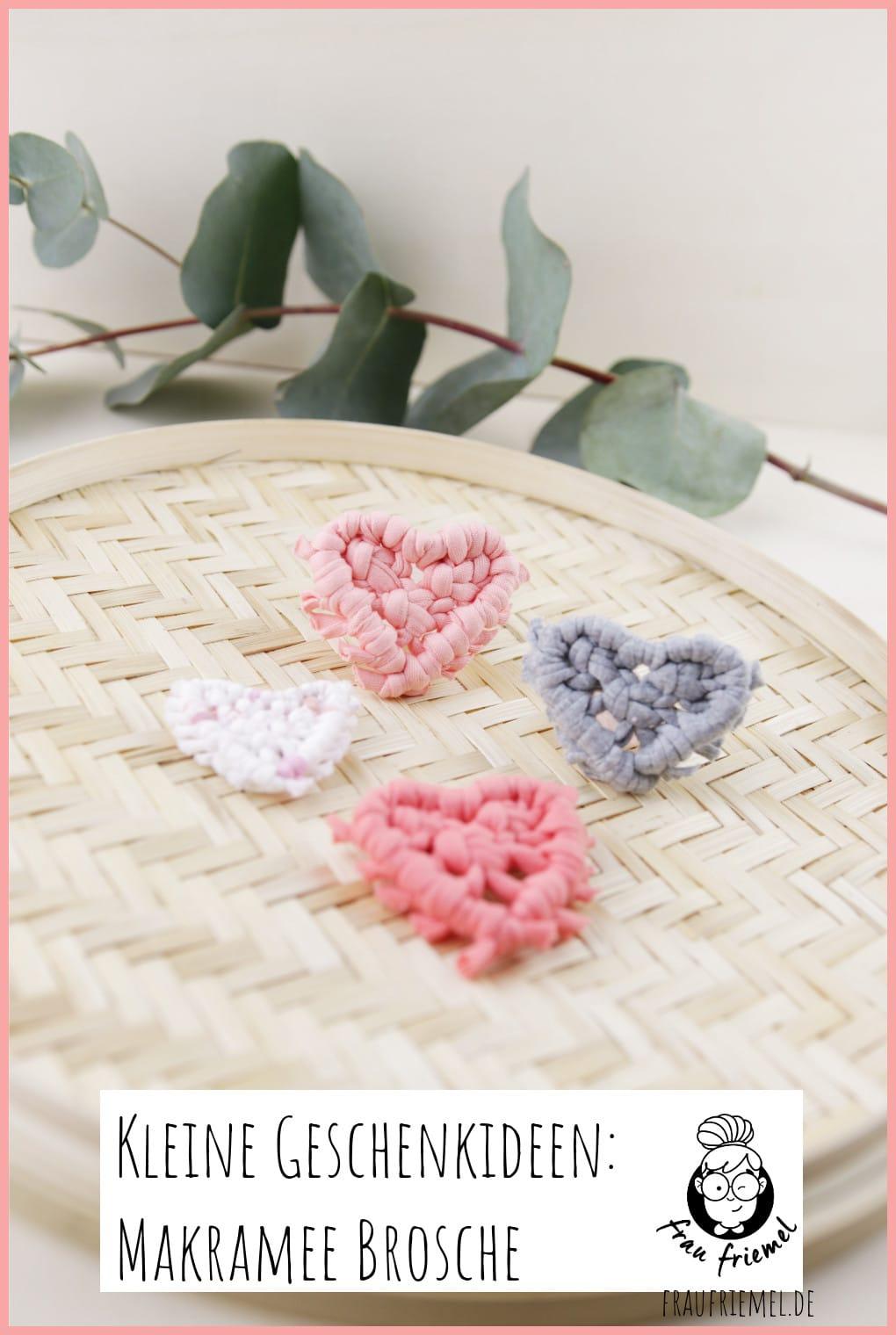 Brosche selber machen - kleine Geschenkidee für den Valentinstag auf Pinterest merken